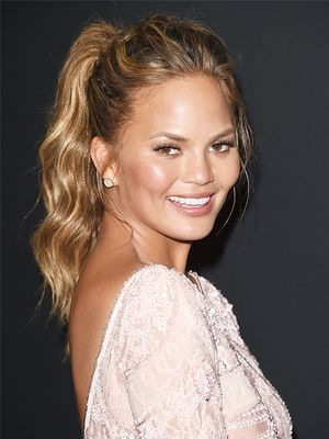 Yes, Face-Slimming Hairstyles Exist, and Here Are Our Favourites