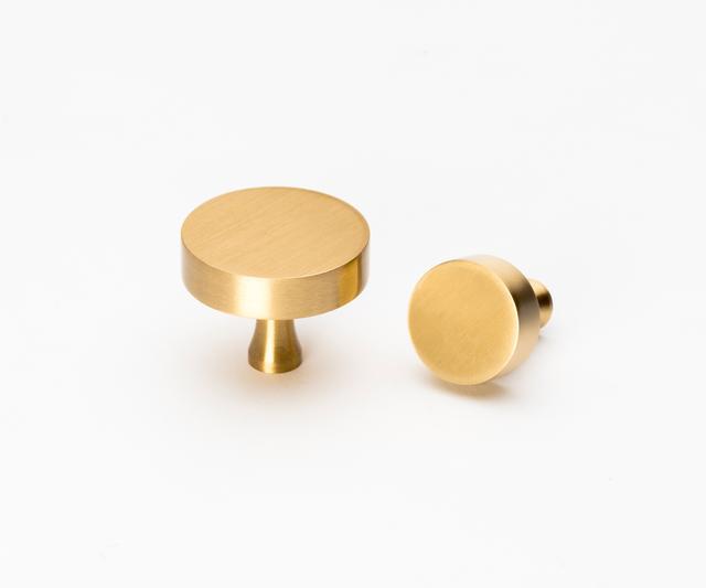 Lo & Co Interiors Round Brass Knob