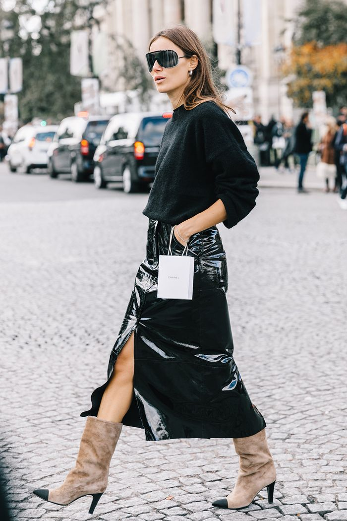 black pencil-skirt outfit street style