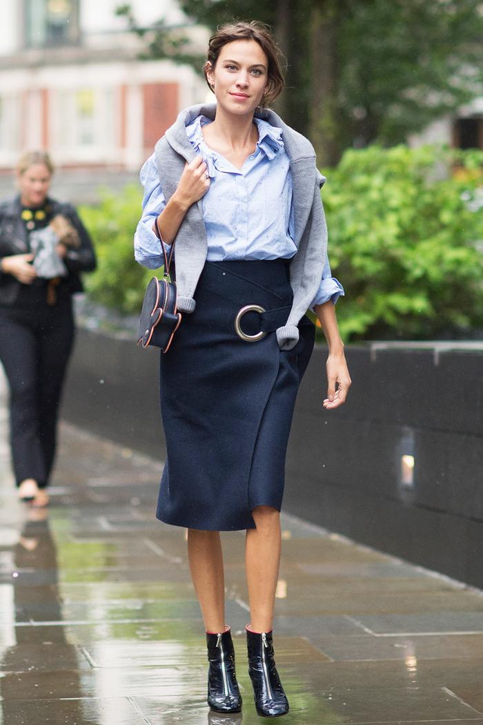 Black pencil skirt fashion 21