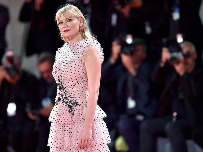Pregnant Kirsten Dunst Looks Stunning in This Beautiful Rodarte Dress
