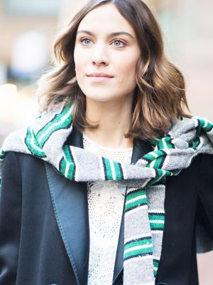 This Alexa Chung Outfit Is So Wrong in Theory, But Somehow It Works