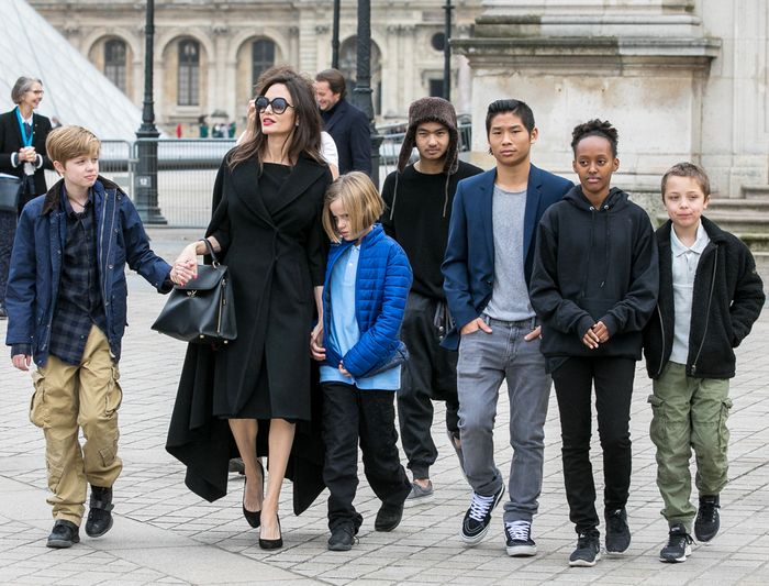 Angelina Jolie Paris Museum With Her Kids