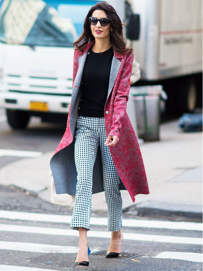 amal clooney 39 s style is an epic lesson in being chic 24 7 who what wear uk. Black Bedroom Furniture Sets. Home Design Ideas