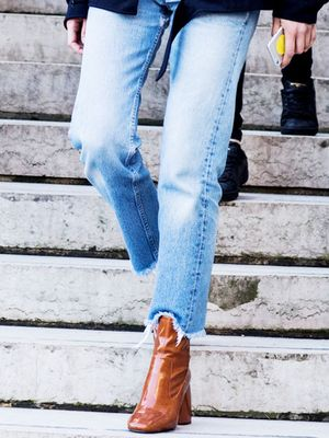 3 Perfect Outfits to Wear With Tan Booties