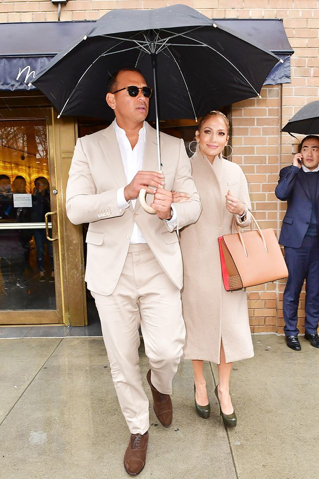 J.Lo and Alex Rodriguez win our vote for the celebrity couple who managed to match their outfits in the most subtle yet totally elegant way.