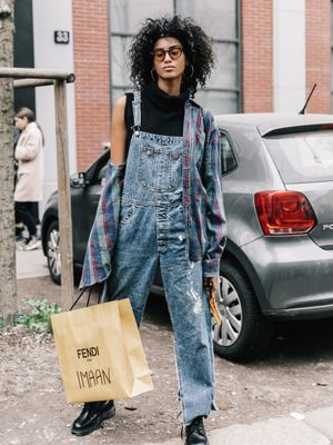 15 Overall Outfits to Try in 2018