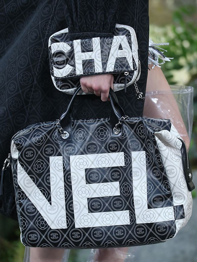Fashion Logos Trend