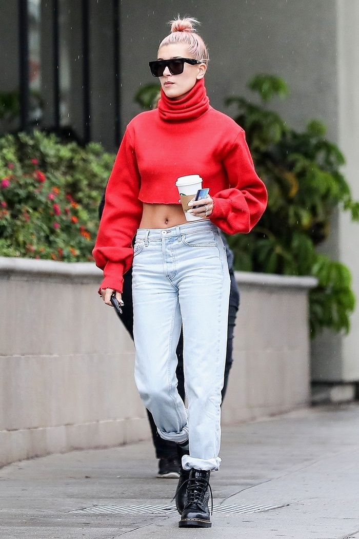 See The Iconic Shoes Every Celeb Is Wearing Who What Wear