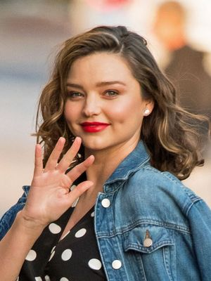 How to Style a Baby Bump, According to Miranda Kerr