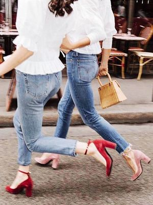 The Coolest Velvet Pumps for Spring Period