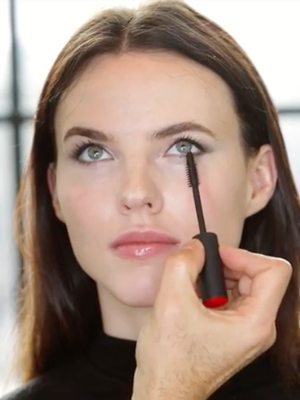 Watch: Angelina Jolie's Makeup Artist Re-Creates One of Her Red Carpet Looks