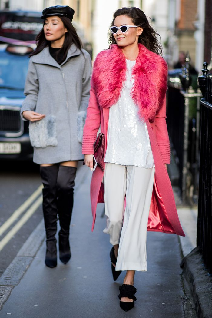 50 Street Style Snaps Of The Most Colourful Outfits At London Fashion Week Who What Wear Uk