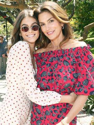 Kaia Gerber Shared the Funniest B-Day Tribute to Mom Cindy Crawford