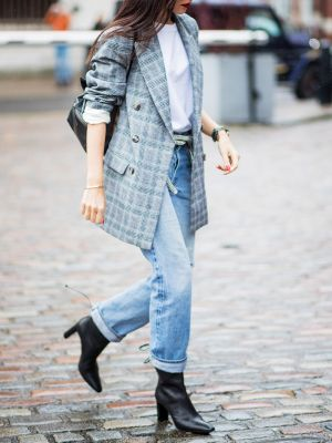 The Black Ankle Boots We Wear on Repeat