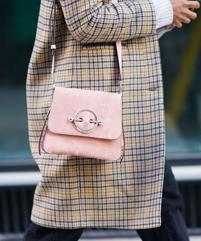 How to wear pastel colours: