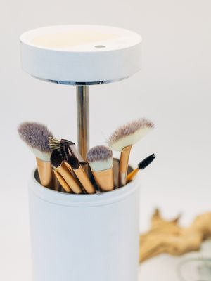This High-Tech Makeup Brush Cleaner Uses UV Light to Kill Germs, and We Want It