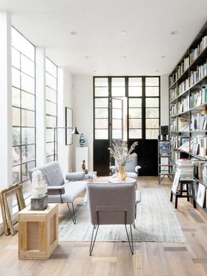 Definitive Proof That Modern Living Rooms Are Warm and Inviting