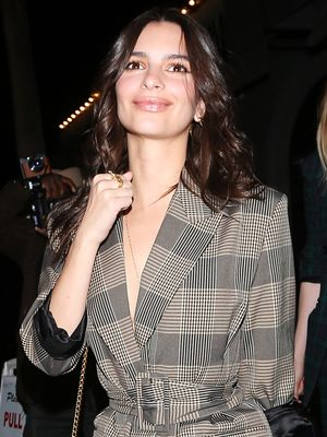 Emily Ratajkowski, Are You Only Wearing Zara in Your Married Life?