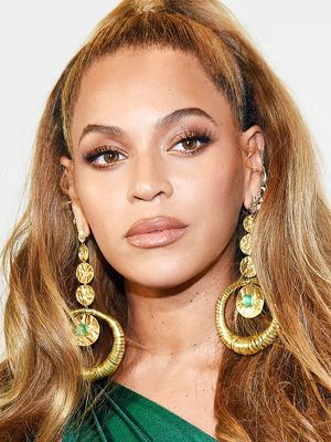 The Foundation Hack Beyoncé's Makeup Artist Uses Will Change Your Face