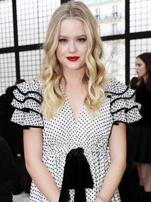 Reese Witherspoon's Daughter Made a Chic Front-Row Appearance in Paris
