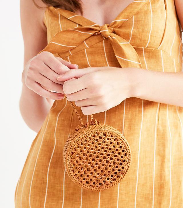 Straw Mini Circle Wristlet