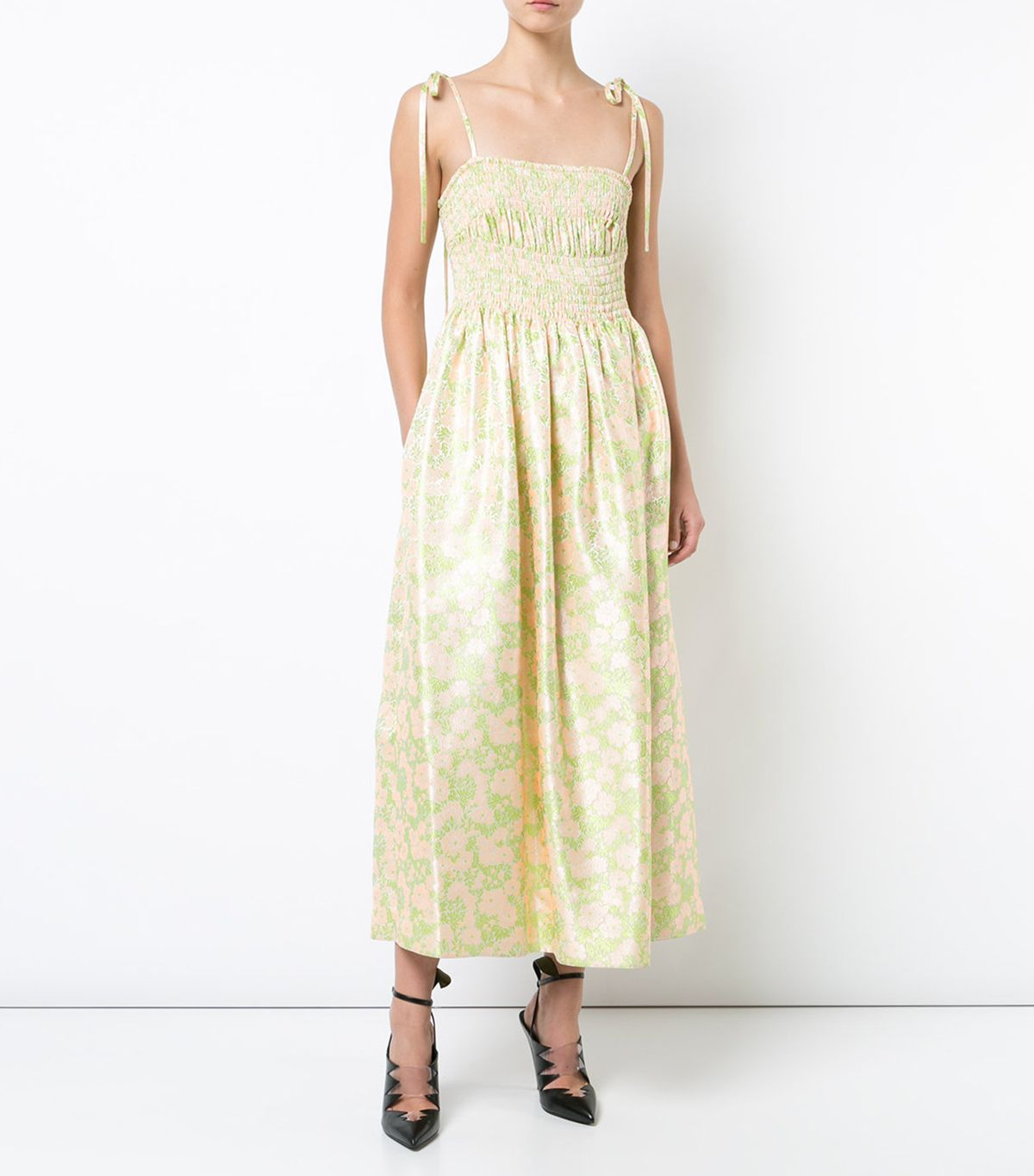 The prettiest bridesmaid dresses for a country style wedding if your budget allows for it you wont regret going for this pretty pick available in sizes it40 to it44 ombrellifo Image collections