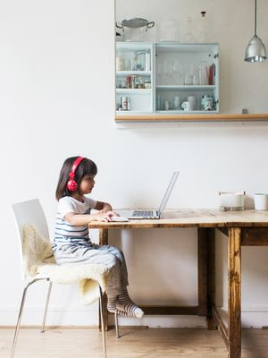 Internet Safety for Kids: A Parenting and Media Expert Sorts Fact From Fiction