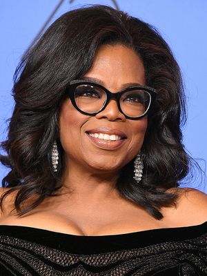 Oprah Winfrey Has a Custom Bathtub Carved Into the Shape of Her Body, Obviously