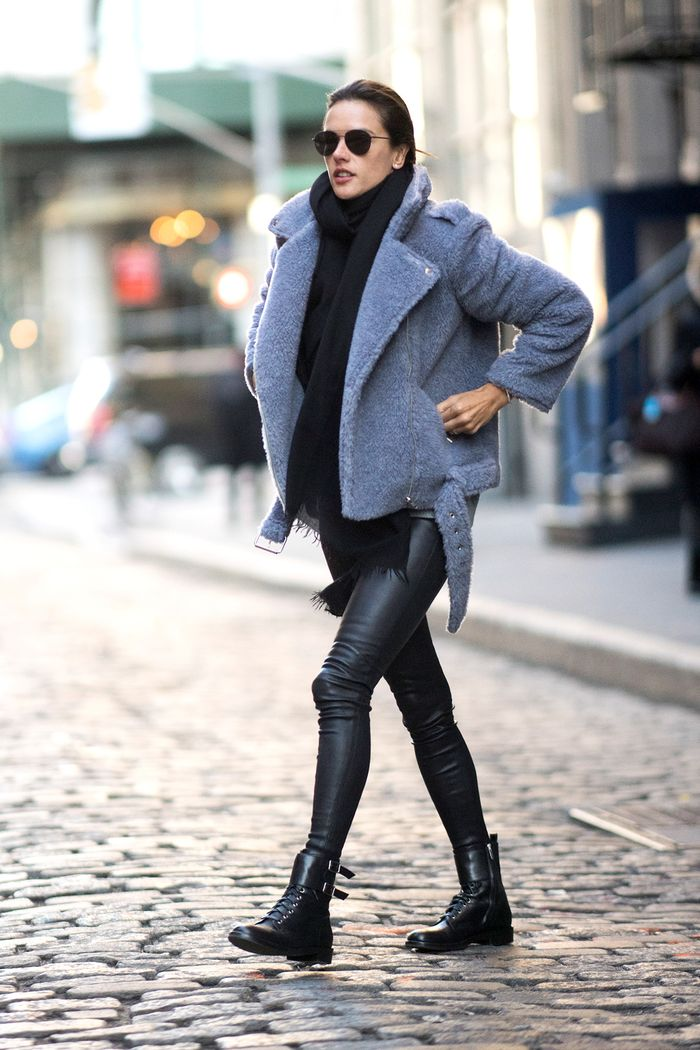 See How Celebrities Style Leggings and Boots