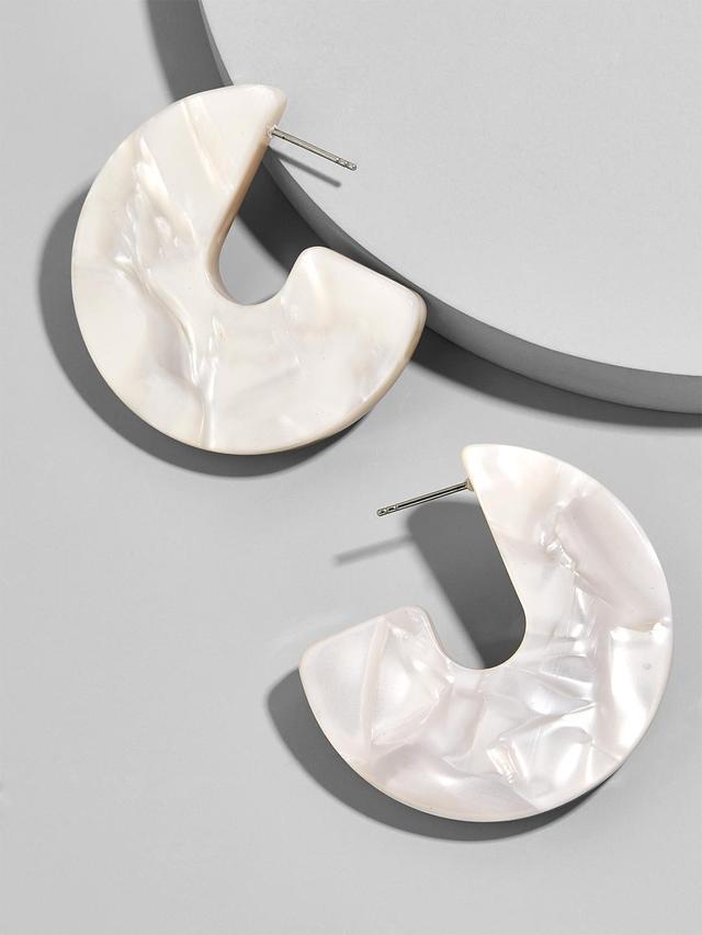 Faiza Resin Drop Earrings