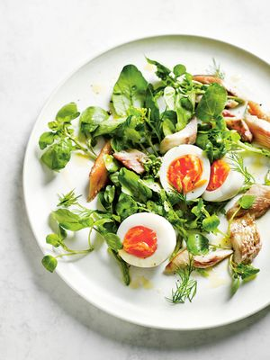 "Yes, ""Breakfast Salad"" Is a Thing (and Here's Why We Love It)"