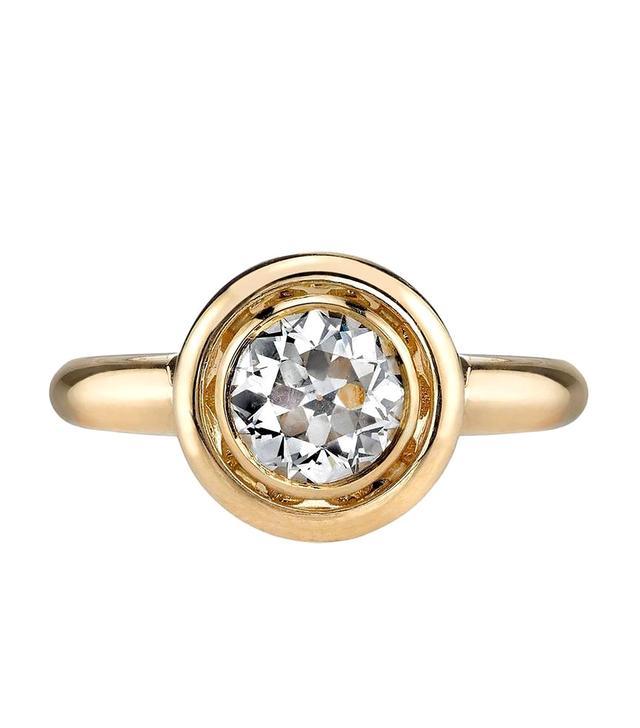 Single Stone Gold Engagement Ring