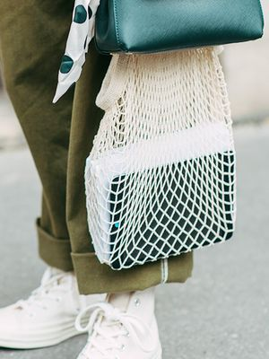 Fashion Girls Love Carrying This Affordable Bag