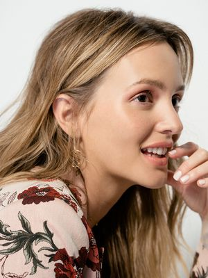 Exclusive: Leighton Meester Just Went Ice Blonde, and We Have Photographic Proof
