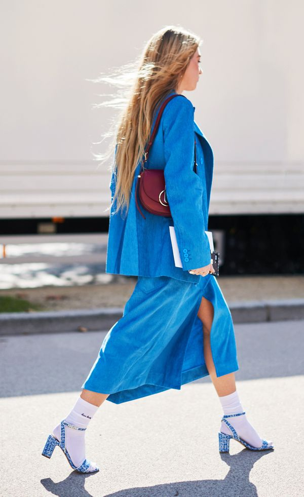 Autumn Outfit Ideas: Socks and sandals