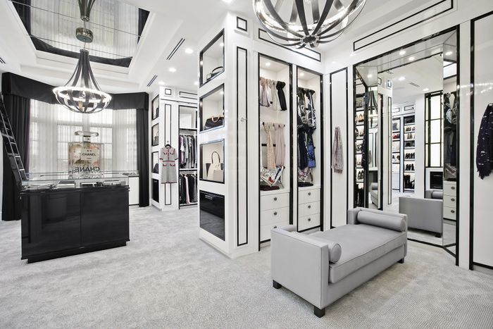 Tour The Epic Closet That Looks Just Like A Chanel