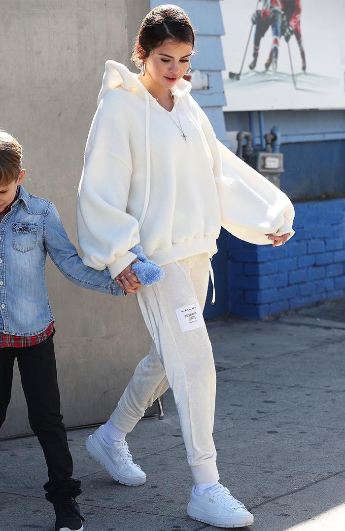 Selena Gomez - White Sweatshirt