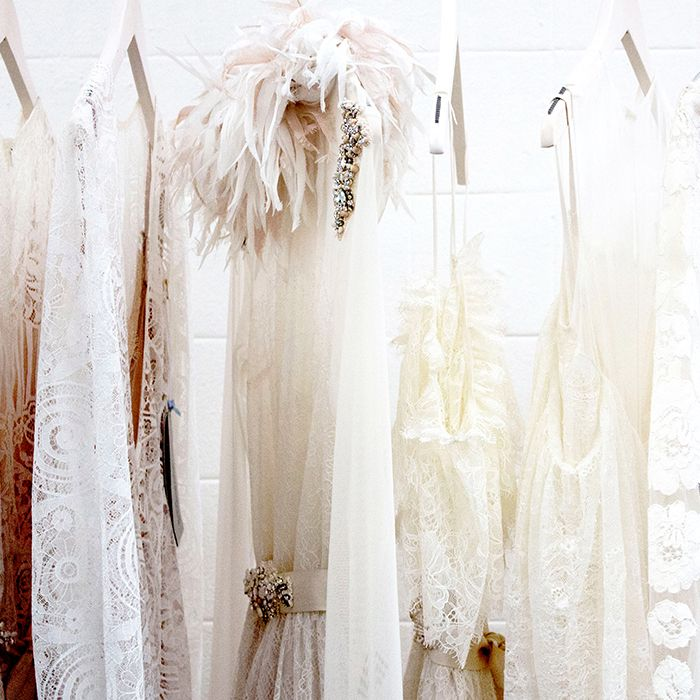 Where And How To Sell Your Wedding Dress Who What Wear