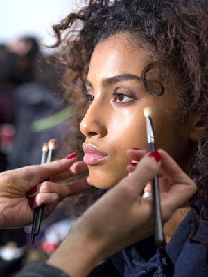 Makeup Artists Say This Is the Order You Should Be Applying Your Makeup