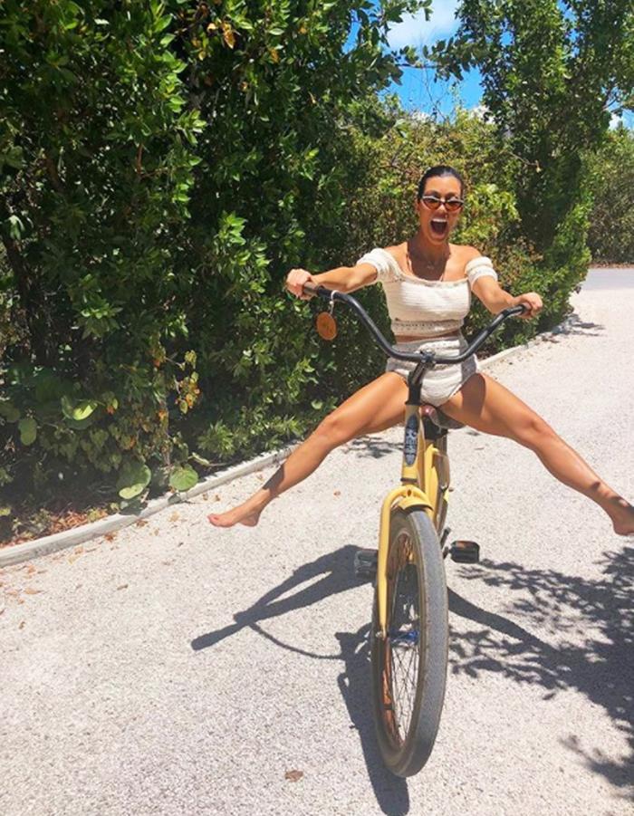 Kardashian bikini pictures: