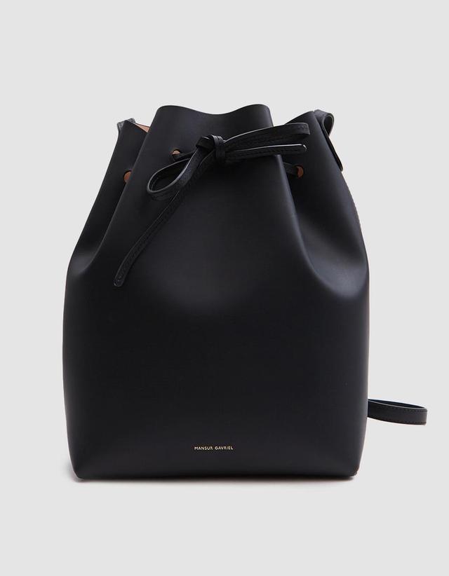 Bucket Bag in Black/Ballerina