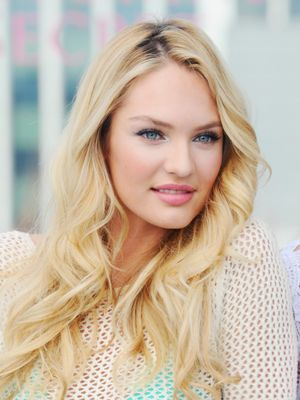 VS Model Candice Swanepoel Just Shared a Jaw-Dropping Nude Maternity Photo