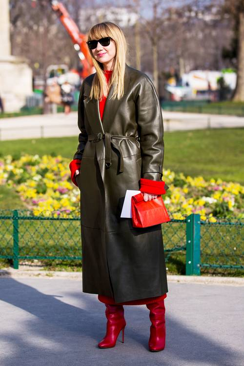 heres-exactly-what-to-wear-with-red-shoes-2705558.500x0c.jpg (500×750)