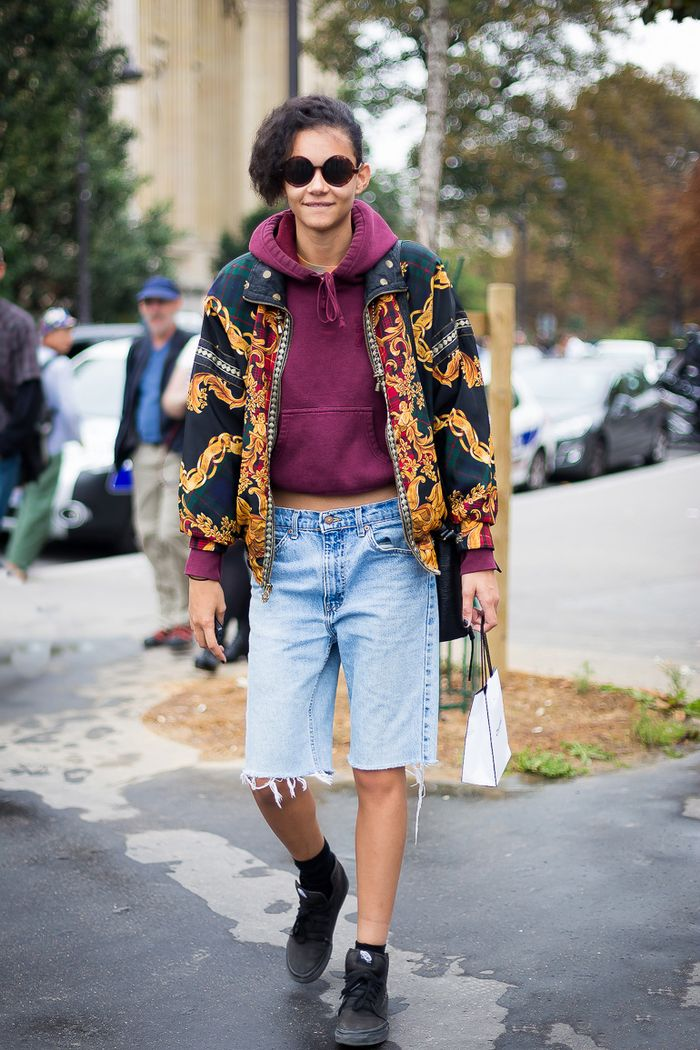 How to Style Knee-Length Shorts