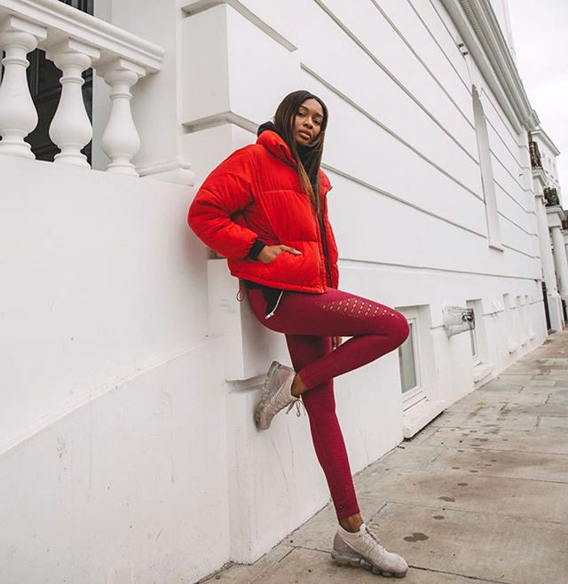 To balance out the large puffer jacket on top, make sure to stick to skinny jeans or leggings to create a long, lean leg.