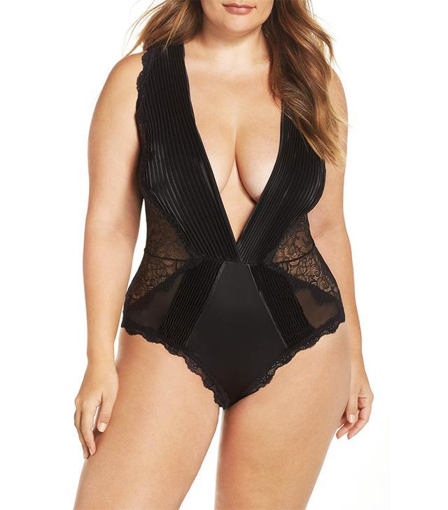 Nicolette Plunge Lace Bodysuit