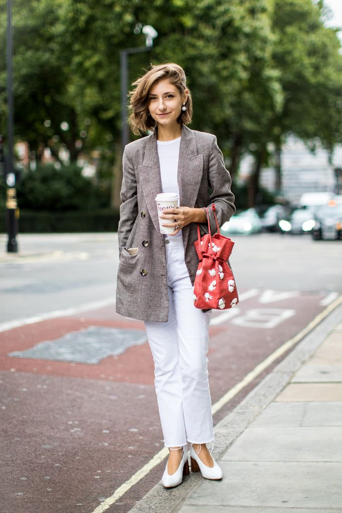 10 White-Heels Outfits That Will Make