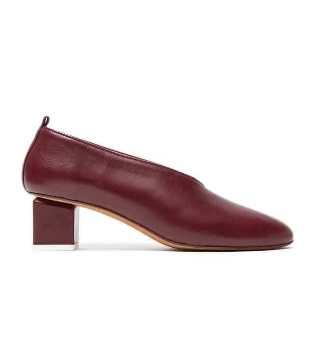 Gray Matters Mildred Pump in Burgundy
