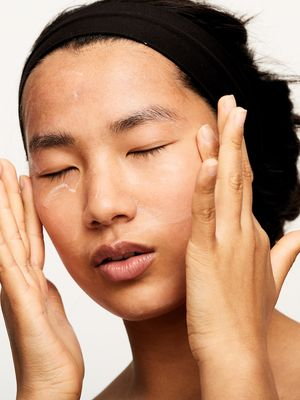 The Ultimate Guide to Perfectly Applying Your Skincare